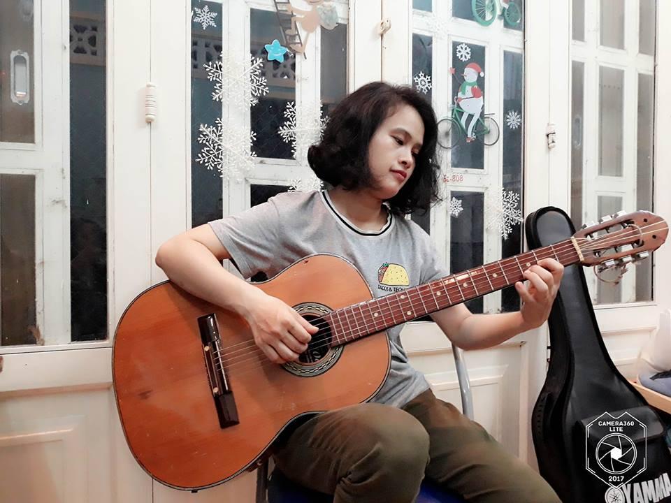 giao vien day guitar ukulele